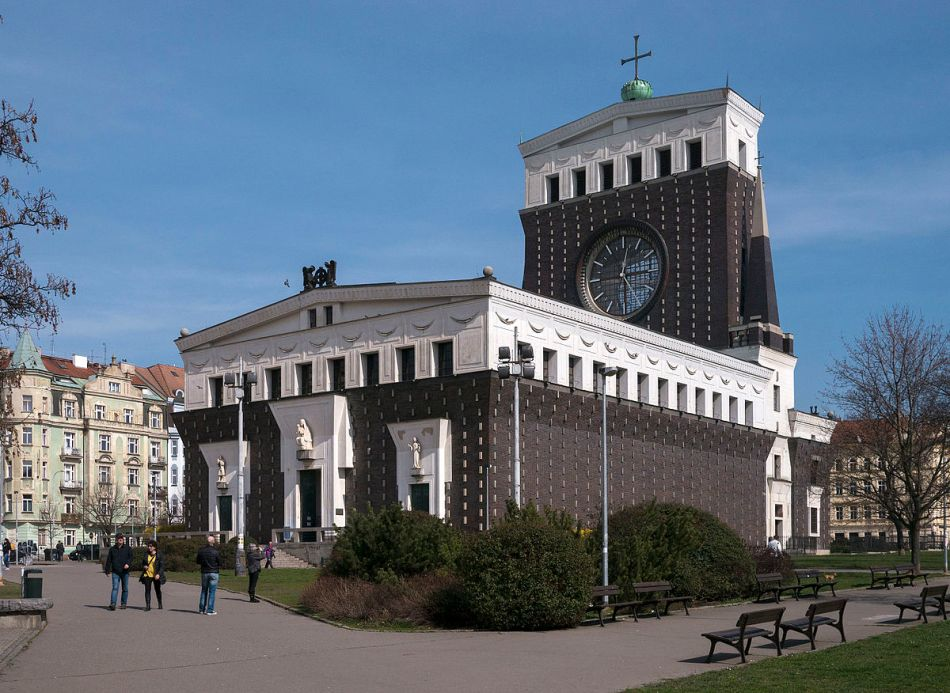 Prag_Joze_Plecnik_Kirche